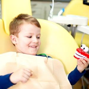 happy-pediatric-dentis